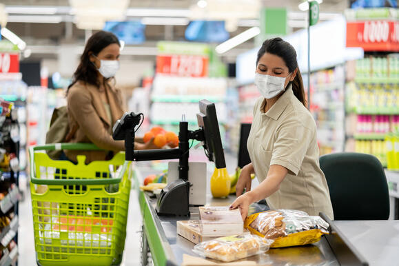 Grocery Chain Uses PowerSourcing to Fill 3,000 Open Roles